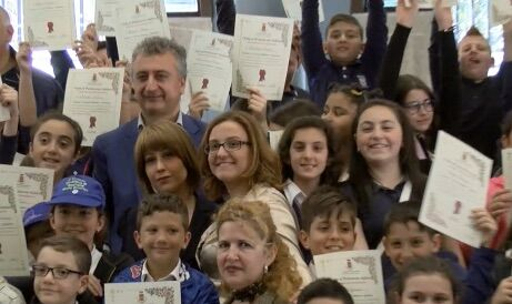 """Qualiano, l'Onorevole Rostan premia i bambini del progetto """"Cittadini in Fieri"""""""