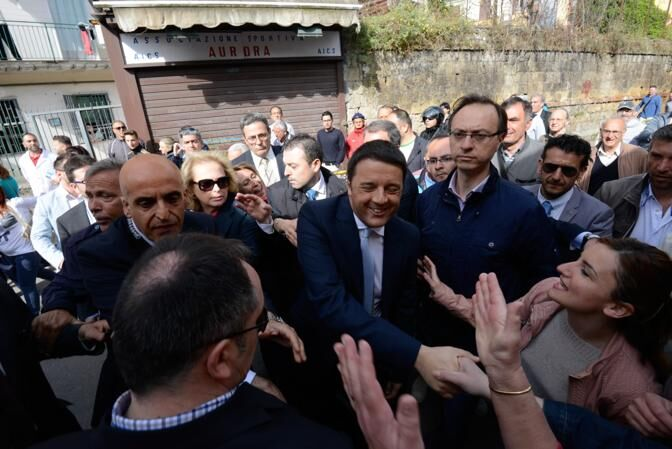 Napoli blindata. Il premier Renzi in città