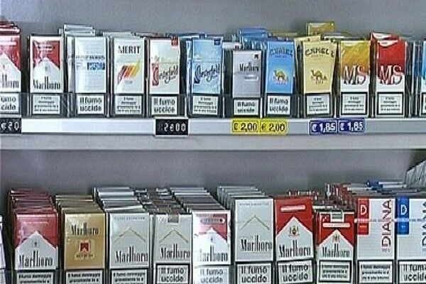 Stangata sulle sigarette, da oggi aumentano i prezzi. Ecco LE MARCHE
