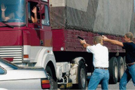 Sangue sull'A1, muore camionista della provincia di Napoli. Traffico in tilt per ore