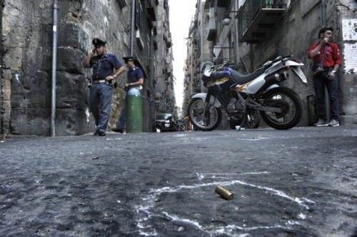 Napoli trema, l'agguato a Mallo forse la risposta del clan Vastarella