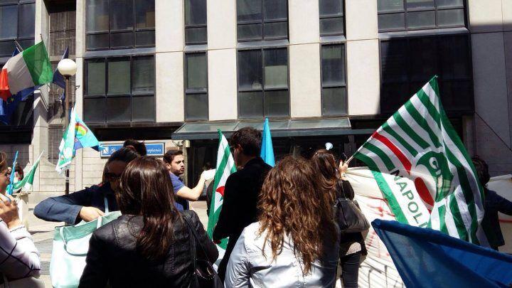 Protesta alla Regione, 77 infermieri del Cardarelli prossimi al licenziamento