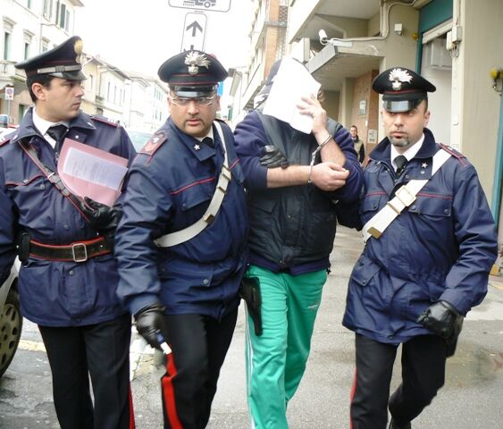 Quarto, blitz al rione De Gasperi: in manette due pusher. LEGGI I NOMI