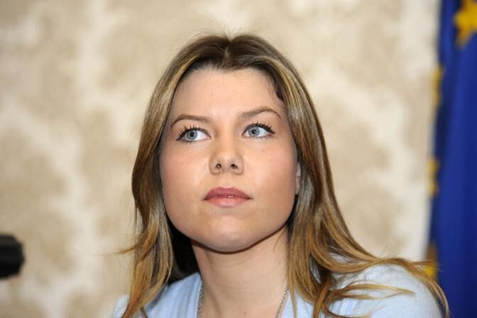 Giunta De Magistris, si dimette Alessandra Clemente