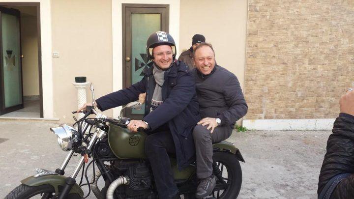 Calvizzano. Don Ciro e don Paolo, la coppia di preti più originale del mondo