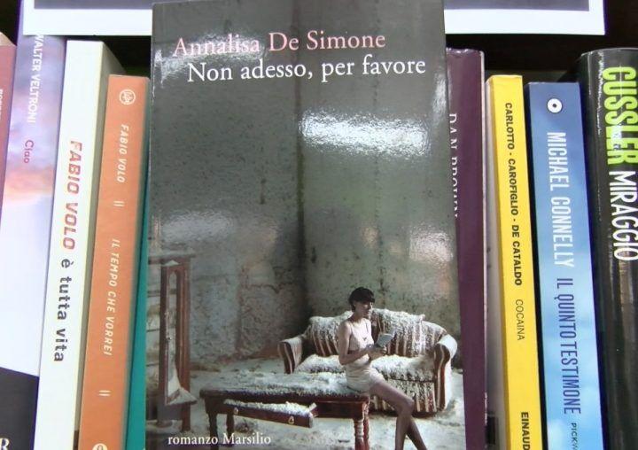 """L'angolo del libro, """"Non adesso, per favore"""" di Annalisa De Simone"""