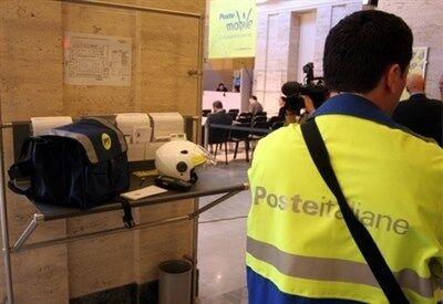 Poste Italiane, nuove assunzioni in tutta Italia. Ecco come candidarsi