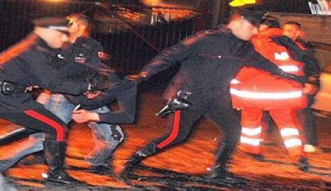 Mazzate nel bar dell'area nord, otto arresti. ECCO CHI SONO