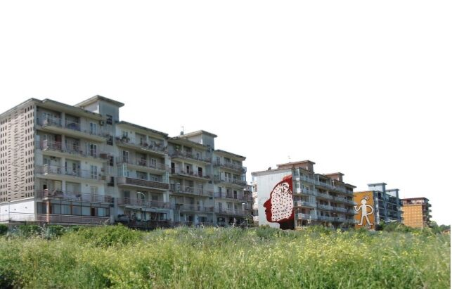 Diffondere la bellezza con l'arte di Laura Niola, l'idea di tre architetti giuglianesi