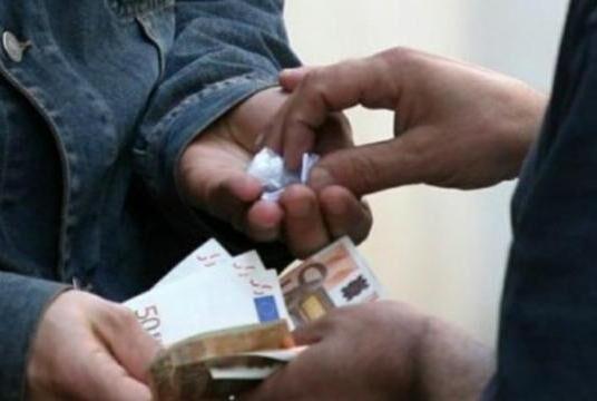 Marano, droga: intera famiglia in manette