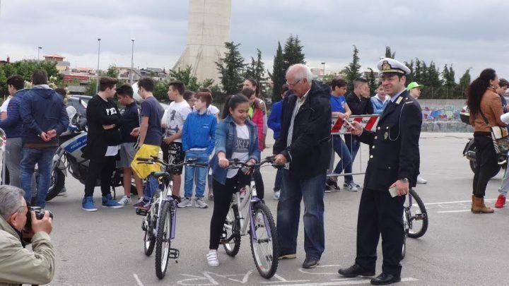 """Marano.  Progetto di educazione stradale """"Vivi la strada"""": i nomi dei vincitori delle gare"""