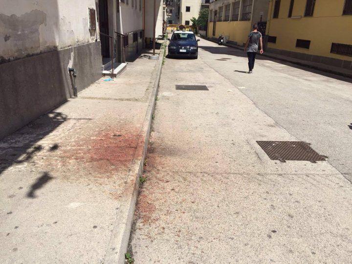 Agguato di camorra a Melito, un morto e due feriti