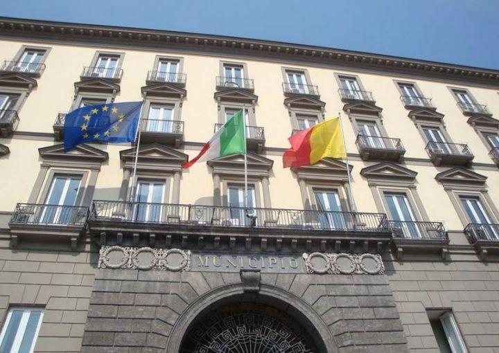 Pedinati e filmati, al comune di Napoli quattro licenziati per assenteismo
