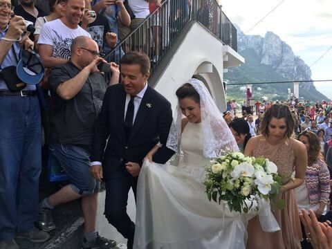 """Matrimonio vip a Capri, finalmente ha pronunciato il fatidico """"sì"""""""