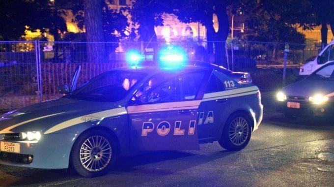 Giugliano, bomba nella notte all'esterno di una villa per eventi