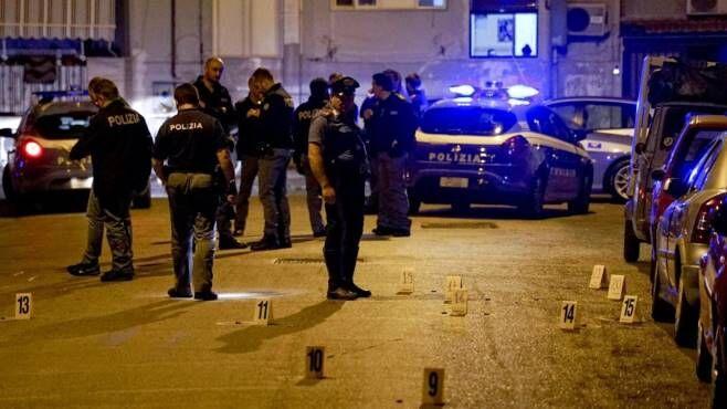 Napoli, Rione Traiano: clan rivali si sfidano a colpi di stese