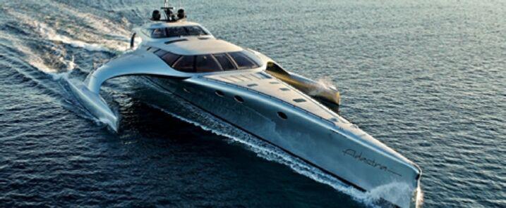 A Napoli yacht tra i più grandi al mondo. Ecco chi è il proprietario