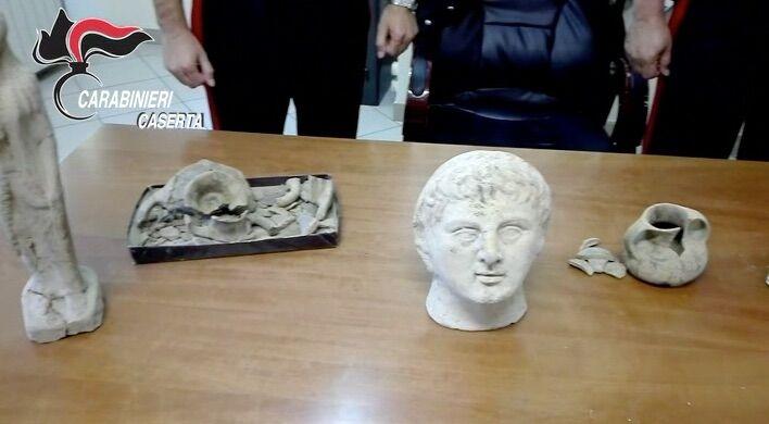 Mercato illegale di beni archeologici, la scoperta dei carabinieri. Video