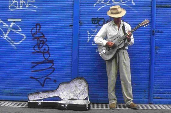 Giugliano Art On Street, i colori e i suoni dell'arte per le strade della città