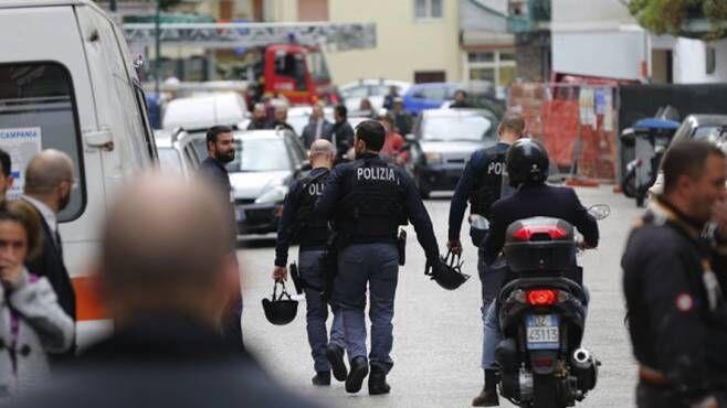 Incubo terrorismo, allarme bomba in una città italiana. Evacuato intero quartiere