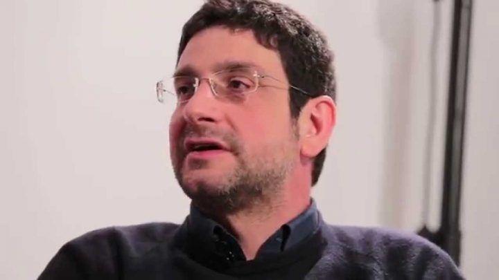 Lo scrittore Cacciapuoti su Repubblica chiede le dimissioni di Poziello