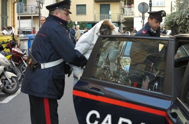 Calvizzano, si finge amico della figlia e ruba 200 euro. Arrestato