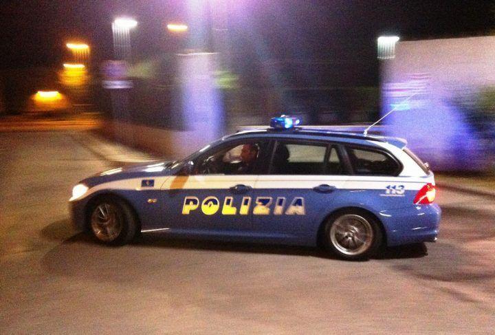 Giugliano, tentano il colpo all'Eurobet e poi si danno alla fuga inseguiti dalla Polizia