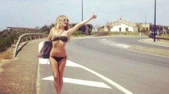 Litorale, si fingono bagnanti e fanno l'autostop ma sono prostitute