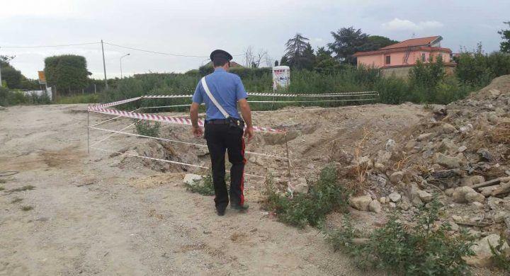 Rifiuti interrati in via Santa Maria a Cubito, la scoperta dei carabinieri. Tre denunciati