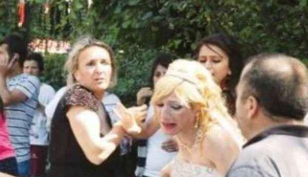 Suocero pizzica lo sposo con la testimone: rissa al party di nozze