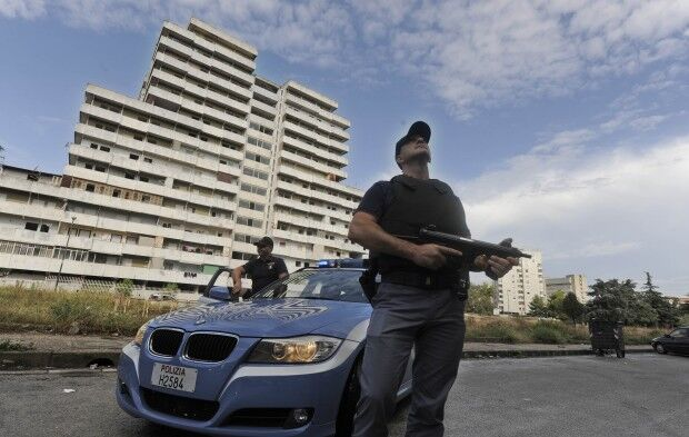 Incubo faida a Scampia, agguato sventato dalla polizia