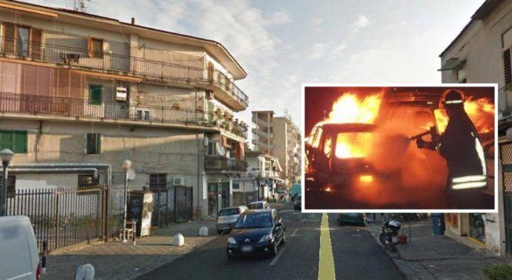 Terrore a Napoli: il boss di pente, insediano auto di moglie e figlia