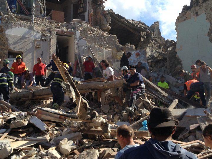 Terremoto, un arresto per sciacallaggio ad Amatrice