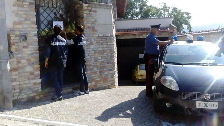 Droga nascosta nei doppifondi delle macchine: viaggi dalla Spagna all'Italia