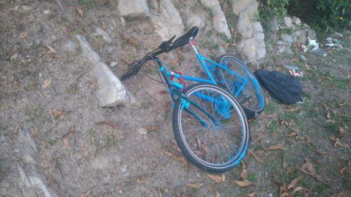 Cade dalla bici, 13enne grave al Santobono: operato alla milza