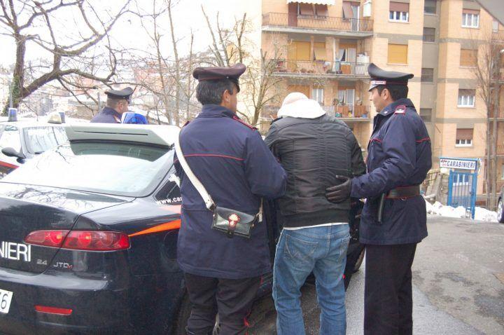Giuglianese sorpreso a sversare rifiuti a Casacelle: arrestato. IL NOME