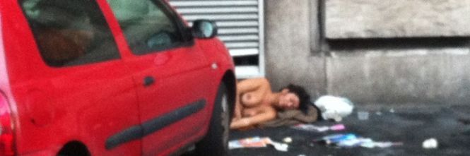 Donna nuda in strada, risolto il giallo. Ecco cosa le è successo