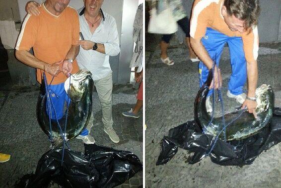 Pesca record, il giuglianese Umberto cattura una leccia da 30 chili