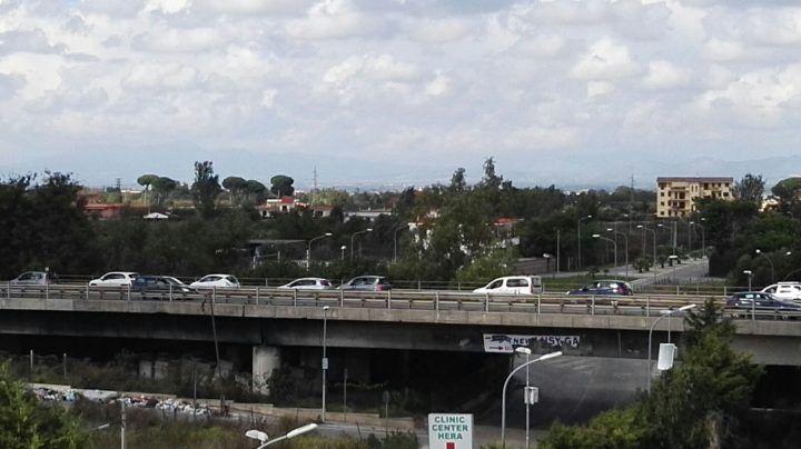 Incidente sull'asse mediano: traffico paralizzato