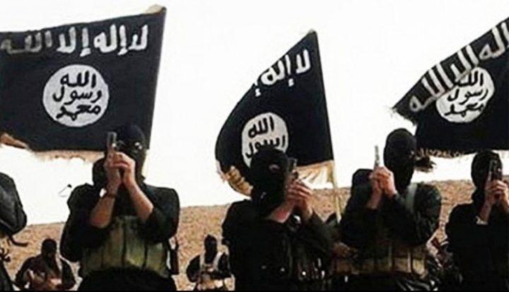 Inneggiava a Isis e camorra, arrestato