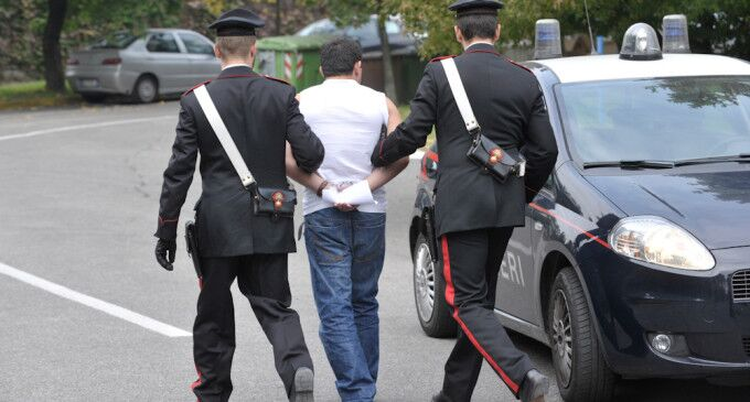Evade dai domiciliari: arrestato 20enne