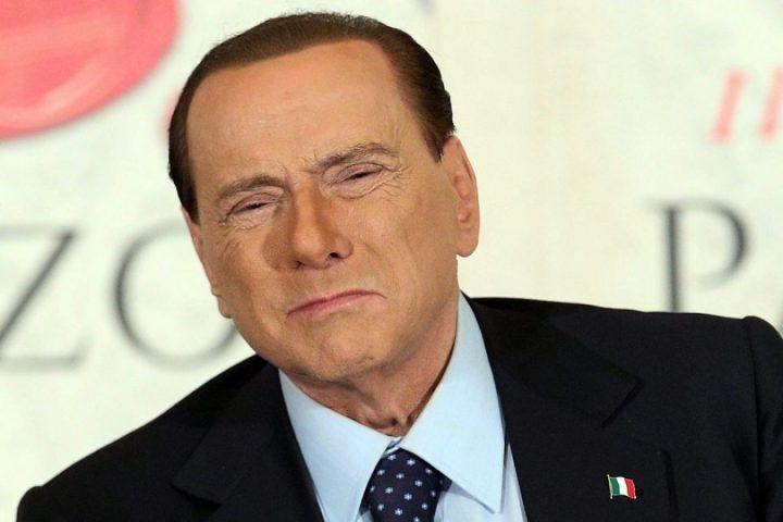 Berlusconi ricoverato in una clinica