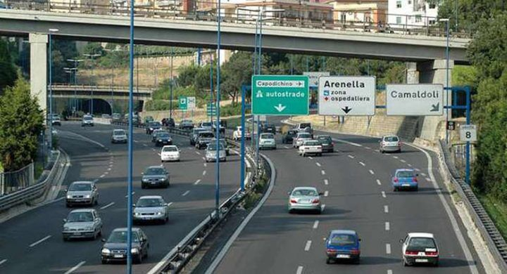 Napoli, l'unica tangenziale d'Europa a pagamento. Il caso finisce in UE