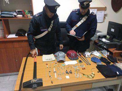 10-11-2016-arresto-furto-rom-casoria
