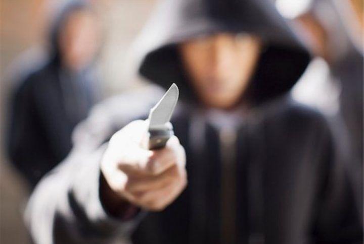 Rapina di smartphone ai giardinetti, arrestati 2 minorenni di Casoria