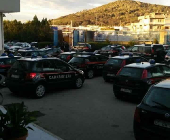 Napoli, maxi-blitz contro la camorra nell'area flegrea: 43 arrestati