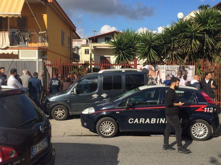 Choc a Villaricca, trovata donna morta e imbavagliata in casa. FOTO