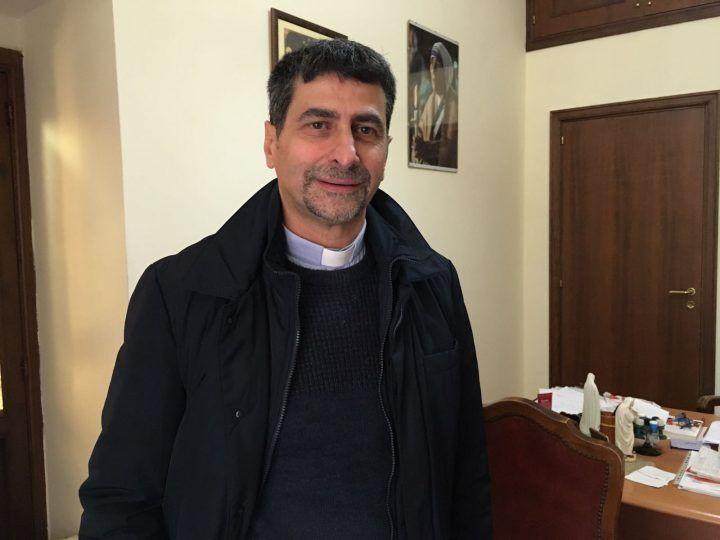 Uno dei parroci più amati lascia Giugliano, per lui incarico a Roma