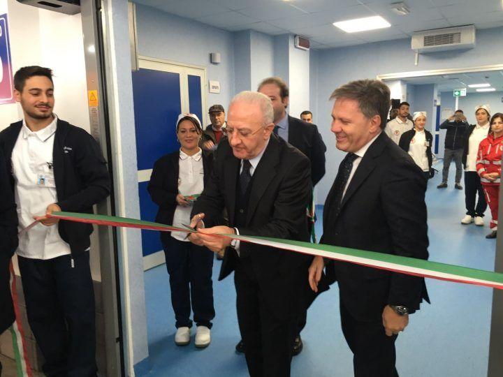 """Giugliano, inaugurato il nuovo pronto soccorso. De Luca: """"Pronti altri 3 milioni di euro per il San Giuliano"""""""