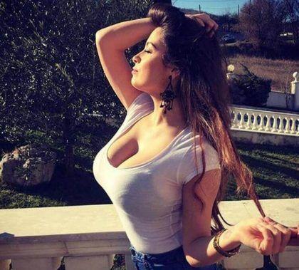 Alessia Macari  nackt